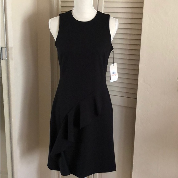 Ivanka Trump Dresses & Skirts - Ivanka Trump little black dress size 2